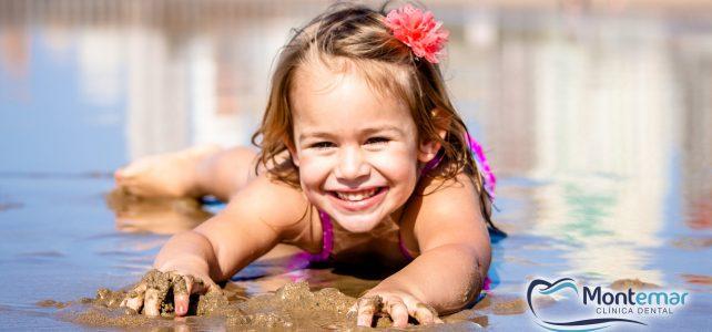 ¿Cómo debes cuidar tus dientes en verano?