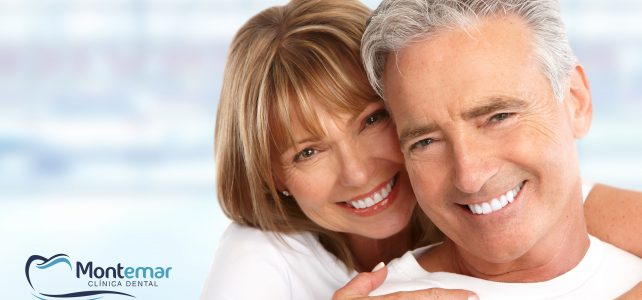 Salud bucodental durante la vejez. Consejos para cuidarla